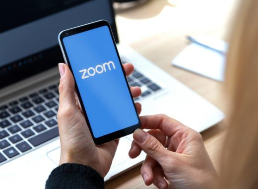 How to create personalised backgrounds for Zoom and green screen-enabled calls